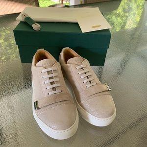 Brand New Buscemi girl sneaker